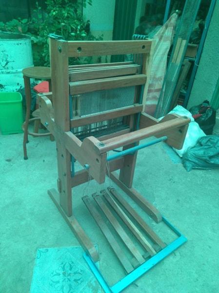 Telar de madera para el tejido de chalina