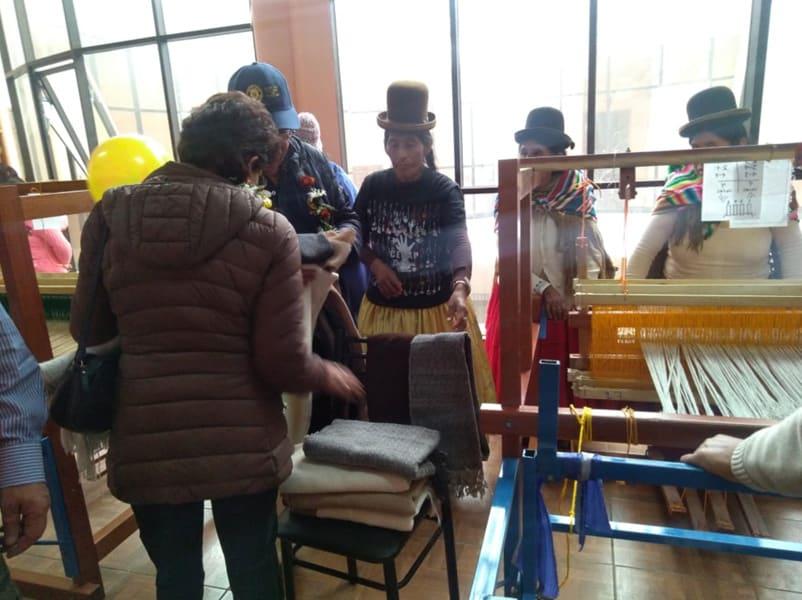 Exposición en la localidad de Quime con las capacitadoras y encargados de United Change